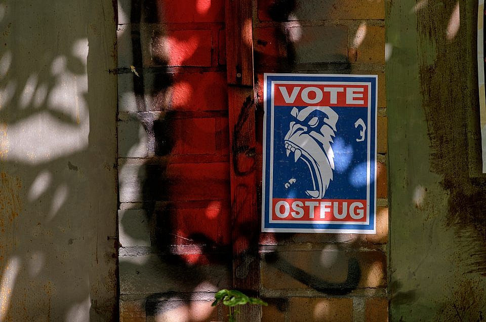 """""""Vote Ostfug"""""""